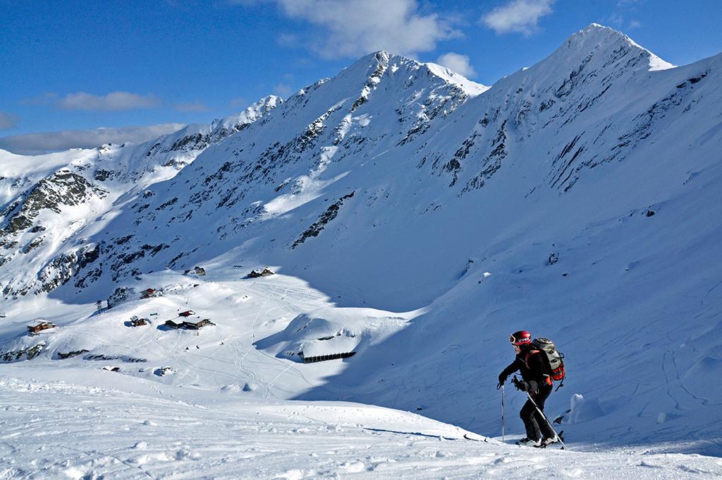 https://www.karpaten-offroad.de/wp-content/uploads/2018/05/ski-image-04.jpg