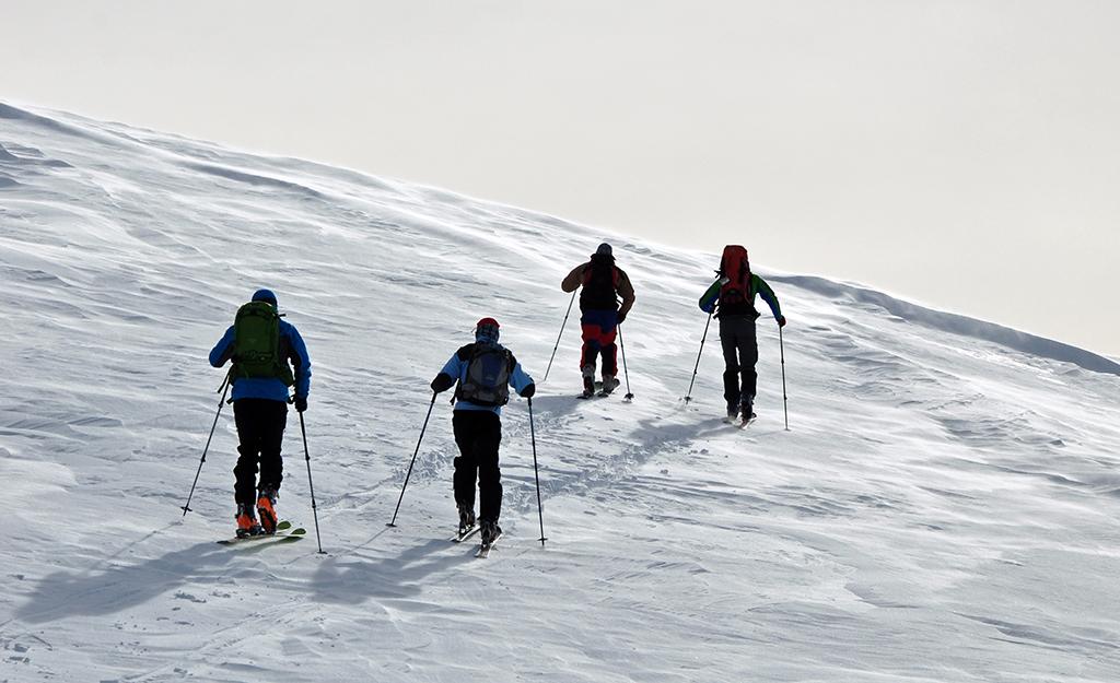 https://www.karpaten-offroad.de/wp-content/uploads/2018/05/ski-image-08.jpg