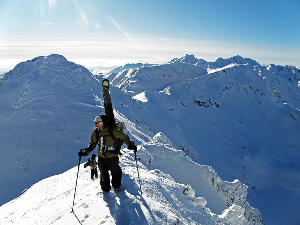 https://www.karpaten-offroad.de/wp-content/uploads/2018/05/ski-image-17.jpg
