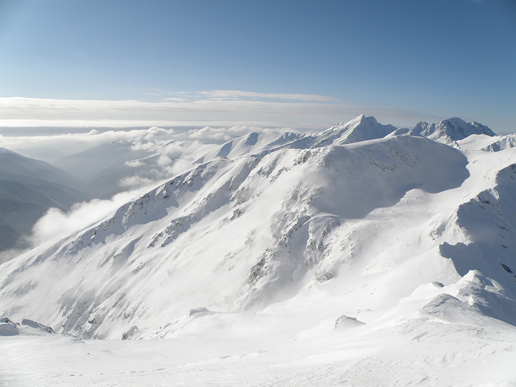 https://www.karpaten-offroad.de/wp-content/uploads/2018/05/ski-image-38.jpg