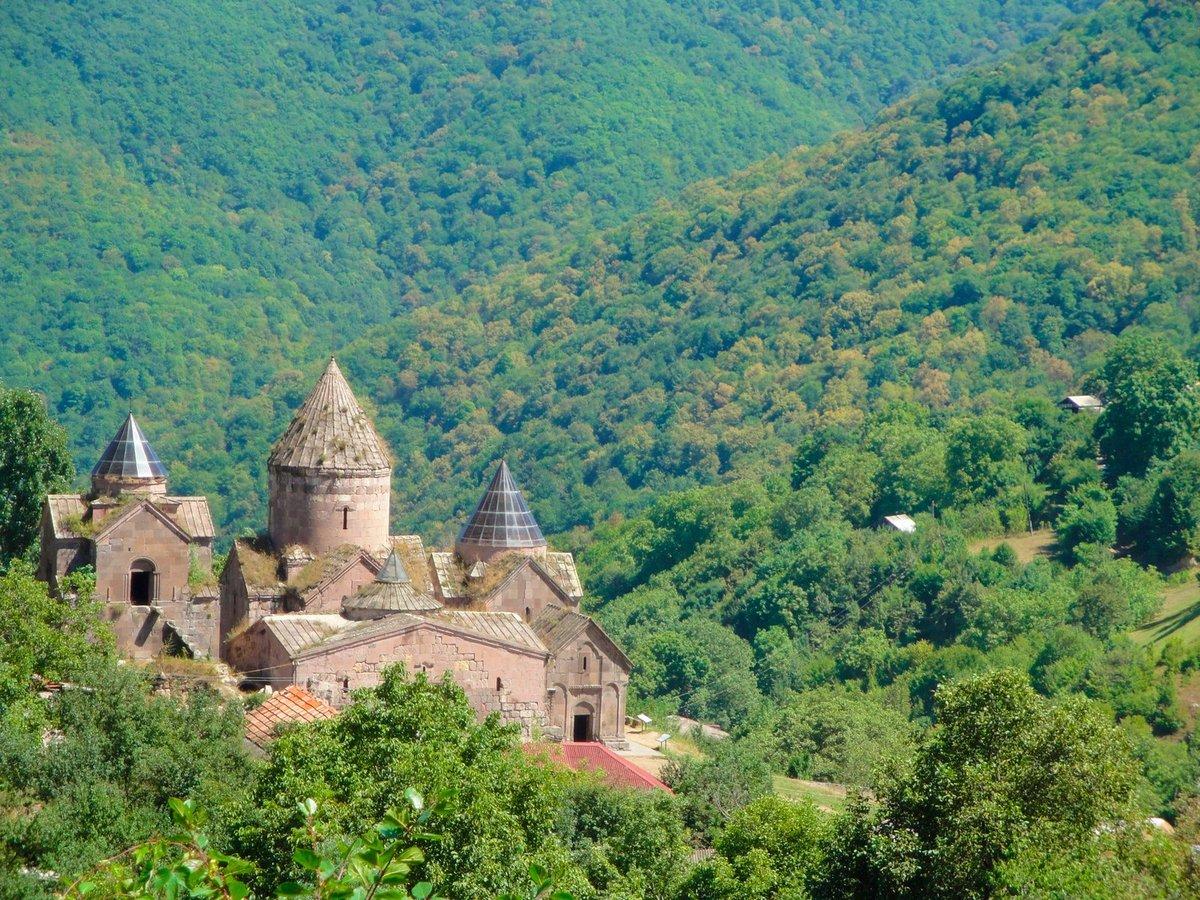 https://www.karpaten-offroad.de/wp-content/uploads/2021/07/Goshavank-in-Armenien.jpg